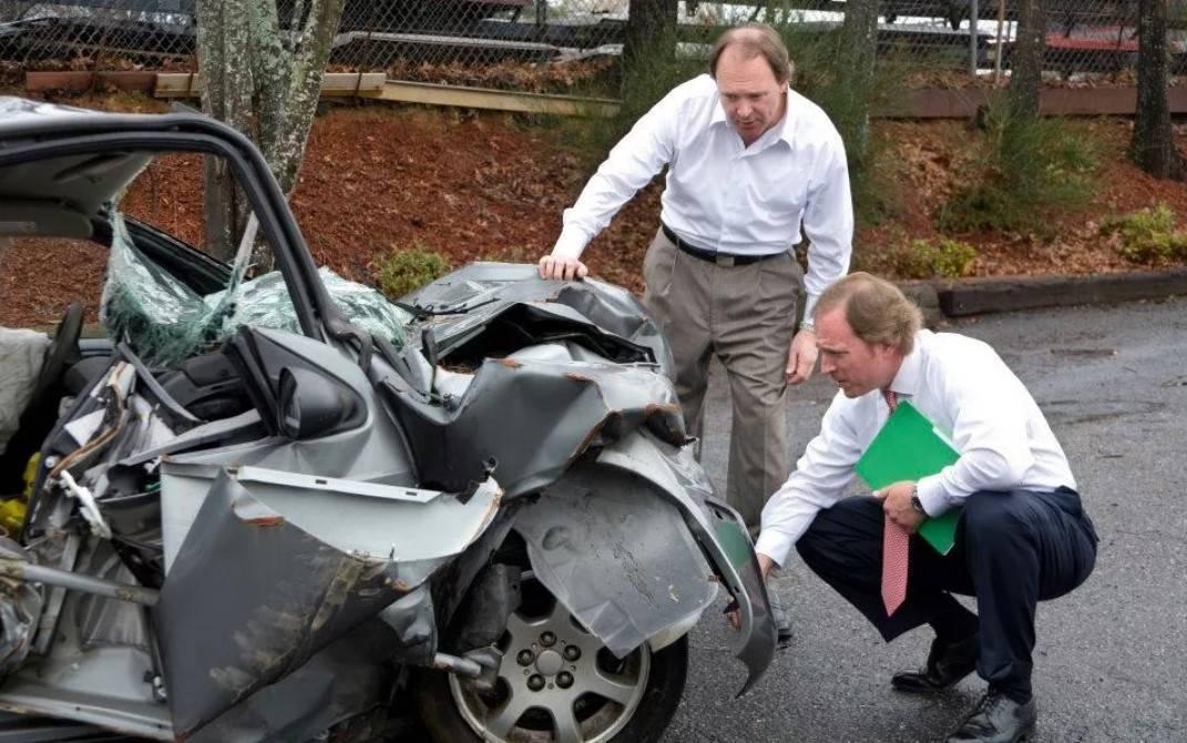 Независимая экспертиза автомобиля после ДТП - как выбрать, где сделать, стоимость и сроки