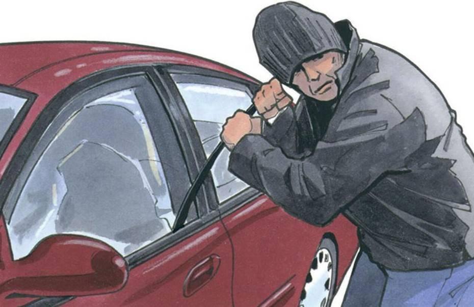 Как не платить транспортный налог за угнанный автомобиль?